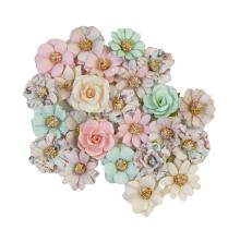 Prima Sugar Cookie Mulberry Paper Flowers 24/Pkg - Pink Christmas